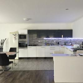 Eladó  családi ház (Rácalmás) 36 M  Ft