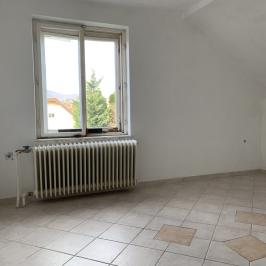 Eladó  ikerház (Budakalász, Szent István-telep) 39,99 M  Ft