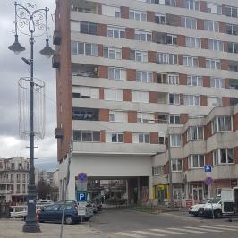Kiadó  téglalakás (Miskolc, Belváros) 75 E  Ft/hó