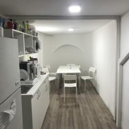 Kiadó  üzlet (Budapest, VI. kerület) 740 E  Ft/hó +ÁFA