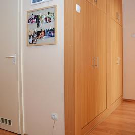Eladó  panellakás (Debrecen, Wesselényi-lakótelep) 25,9 M  Ft