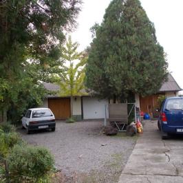 Eladó  családi ház (Békéscsaba) 29,5 M  Ft