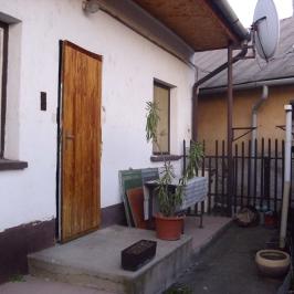Eladó  családi ház (<span class='notranslate'>Nyíregyháza</span>, <span class='notranslate'>Belváros</span>) 14.9 M   <span class='notranslate'>Ft</span>