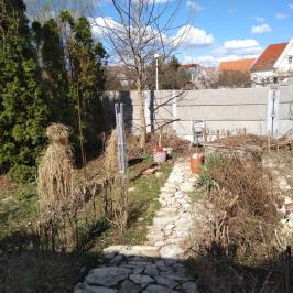 Eladó  családi ház (Eger, Belváros) 38 M  Ft