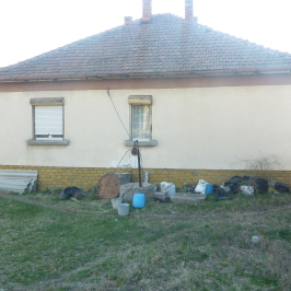 Eladó  családi ház (Egerszalók) 15 M  Ft