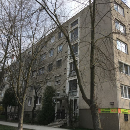 Eladó  panellakás (Tatabánya, Gál István lakótelep) 13,9 M  Ft