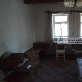 Eladó  családi ház (Göncruszka) 2,8 M  Ft