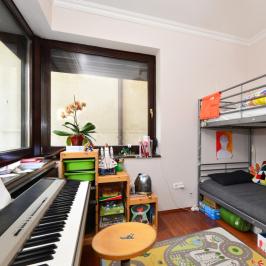 Eladó  téglalakás (Budapest, II. kerület) 104,9 M  Ft