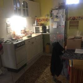 Eladó  családi ház (Szarvas) 9 M  Ft
