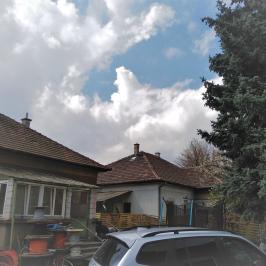 Eladó  családi ház (<span class='notranslate'>Budapest, XVIII.  </span>kerület) 47,9 M   <span class='notranslate'>Ft</span>