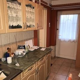 Eladó  családi ház (Taksony) 21,9 M  Ft