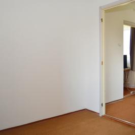 Eladó  panellakás (Debrecen, Tócóskert) 23,9 M  Ft