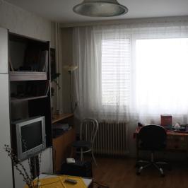 Eladó  panellakás (Dunaújváros, Belváros) 11,9 M  Ft