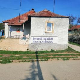 Eladó  családi ház (Mád) 23,99 M  Ft