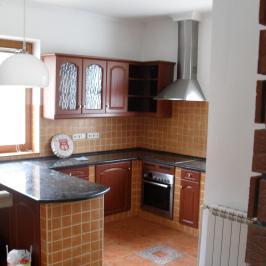Eladó  családi ház (Budapest, III. kerület) 199 M  Ft