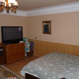 Eladó  családi ház (Előszállás) 39,9 M  Ft +ÁFA