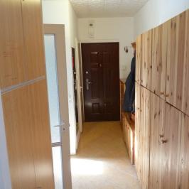 Eladó  panellakás (Paks, Lakótelep) 22,7 M  Ft +ÁFA