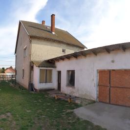 Eladó  családi ház (Dunaföldvár, Külvég) 17,9 M  Ft