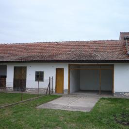 Eladó  családi ház (Jászfelsőszentgyörgy) 8,9 M  Ft