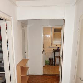 Eladó  panellakás (Budapest, III. kerület) 36,3 M  Ft
