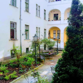 Eladó  téglalakás (Budapest, VII. kerület) 95 M  Ft