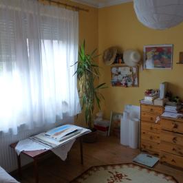 Kiadó  családi ház (Paks) 170 E  Ft/hó +ÁFA