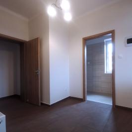 Eladó  sorház (Debrecen, Szabadságtelep) 35 M  Ft