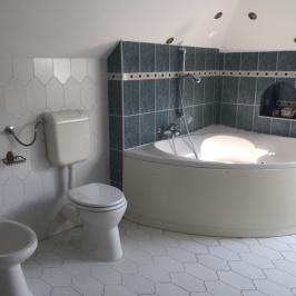 Kiadó  családi ház (Taksony) 350 E  Ft/hó