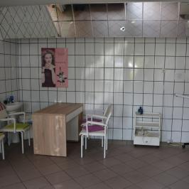 Eladó  üzlethelyiség utcai bejáratos (Nagykanizsa, Keleti városrész) 7,4 M  Ft
