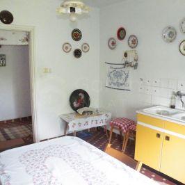 Eladó  családi ház (Onga) 12,9 M  Ft