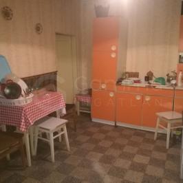Eladó  családi ház (Kistokaj) 7,3 M  Ft