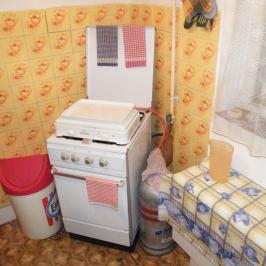 Eladó  családi ház (Onga) 10,5 M  Ft