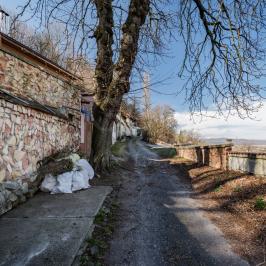 Eladó  nyaraló (Miskolc) 13 M  Ft