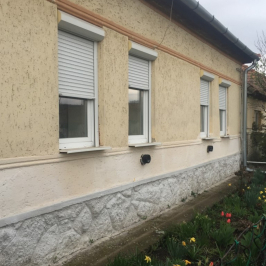 Eladó  családi ház (<span class='notranslate'>Vécs</span>, <span class='notranslate'></span>) 4,6 M   <span class='notranslate'>Ft</span>