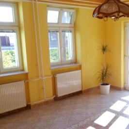 Kiadó  iroda (Sopron, Kertváros) 90 E  Ft/hó
