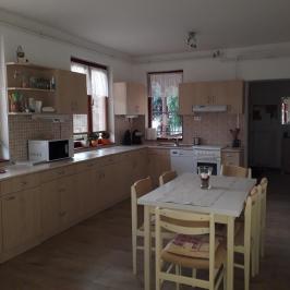 Eladó  családi ház (Budakeszi, Virágvölgy) 72 M  Ft