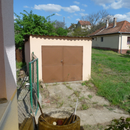 Eladó  családi ház (Dunaföldvár) 22,9 M  Ft