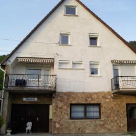 Eladó  családi ház (Pilisborosjenő) 99 M  Ft