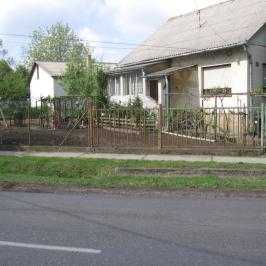 Eladó  családi ház (Tóalmás) 21 M  Ft