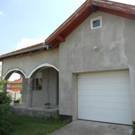 Eladó  családi ház (Tököl, Papkert) 37,9 M  Ft