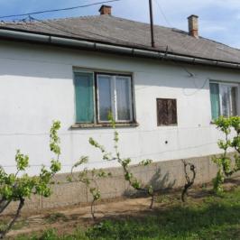 Eladó  családi ház (Ibrány) 7,9 M  Ft