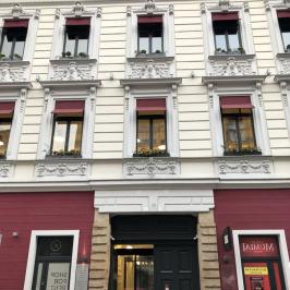 Kiadó  iroda (Budapest, VI. kerület) 20 E  Ft/hó +ÁFA