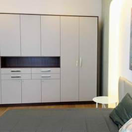 Eladó  téglalakás (Budapest, V. kerület) 199 M  Ft