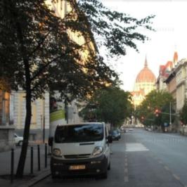 Eladó  téglalakás (Budapest, V. kerület) 72,9 M  Ft