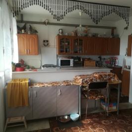 Eladó  családi ház (Tatabánya) 14,6 M  Ft