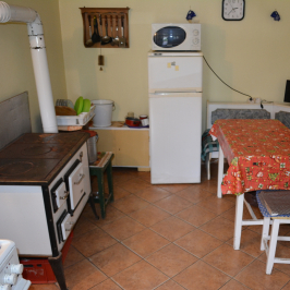Eladó  családi ház (Nagyrada) 13,9 M  Ft