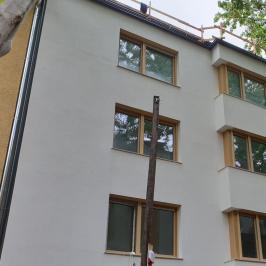 Eladó  téglalakás (Budapest, III. kerület) 97,23 M  Ft