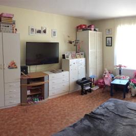 Eladó  családi ház (Vác, Kisvác) 47,5 M  Ft