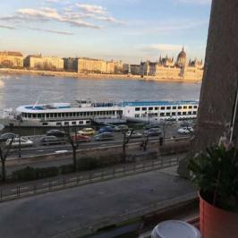 Kiadó  téglalakás (<span class='notranslate'>Budapest, II.  </span>kerület) 193,2 E   <span class='notranslate'>Ft</span>/hó