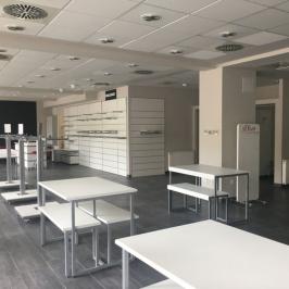 Kiadó  üzlethelyiség utcai bejáratos (Békéscsaba, Békéscsaba-Belváros) 615 E  Ft/hó +ÁFA